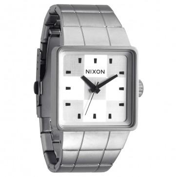 Nixon Watches - The Quatro - Sanded Steel/White