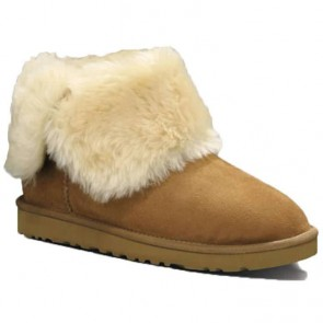 UGG Australia Classic Bailey Button Boots - Chestnut