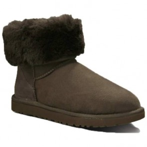 UGG Australia Classic Short Boots - Chocolate
