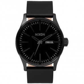 Nixon Watches The Sentry Leather - All Black