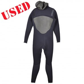 USED Xcel Infiniti 5/4/3 Hooded Chest Zip Wetsuit - Size XL