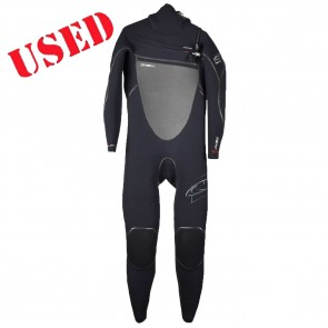 USED O'Neill Pyrotech 5/4 Hooded Wetsuit - Size MS